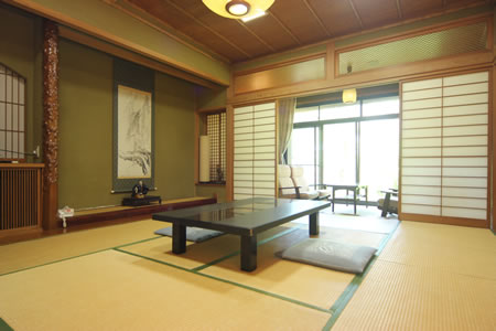 Japanese-style Room (No Bath or Toilet)